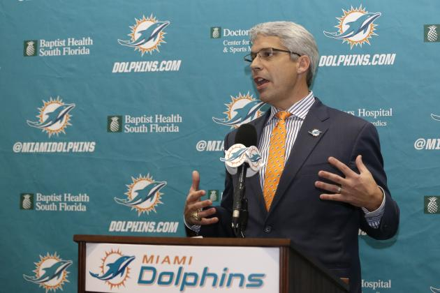 How Miami Dolphins GM Dennis Hickey Should Approach Free Agency