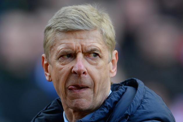 Arsene Wenger Slams Ref Mike Jones After Arsenal Lose to Stoke