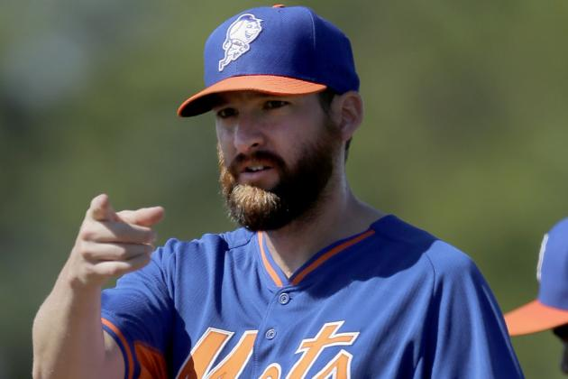 Parnell Throws Against Live Batters, Still on Track for Opening Day