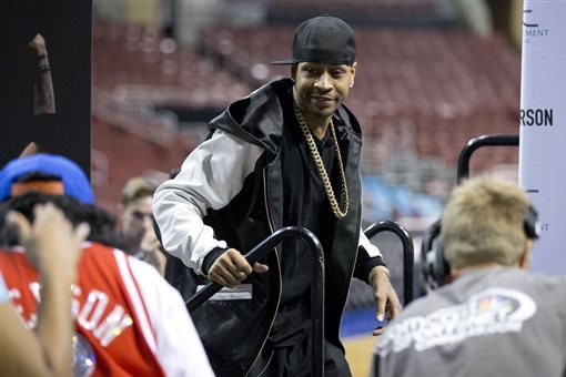 Philadelphia 76ers Wear Allen Iverson Warm-Ups Before His Number Retirement