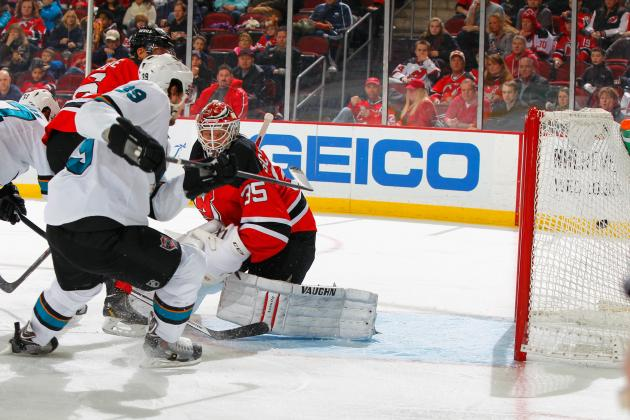 Nieto Scores Winner as Sharks Beat Devils 4-2