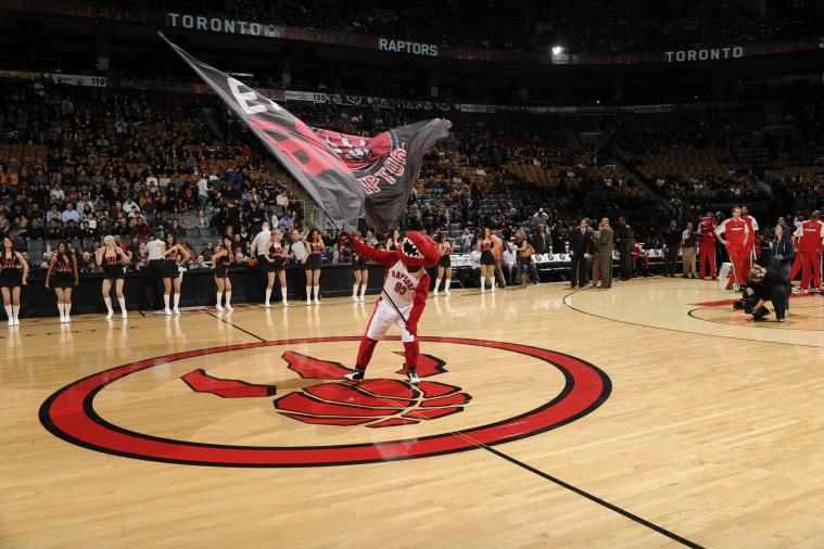 Toronto Raptors Unveil Old School Logo for 20th Anniversary