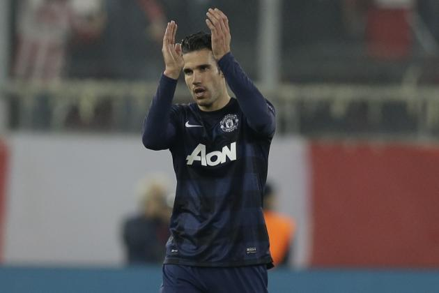 Manchester United Transfer Rumours: Robin Van Persie Monitored by Chelsea