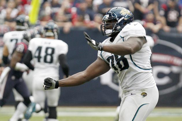 Jaguars Sign OT Bradfield to a Two-Year Contract