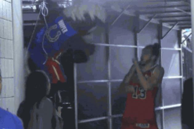 Detroit Pistons Mascot Scares Joakim Noah After Bulls' Win