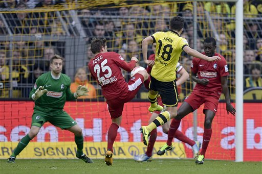 Tactical Battles That Will Shape Borussia Dortmund's Clash with Freiburg