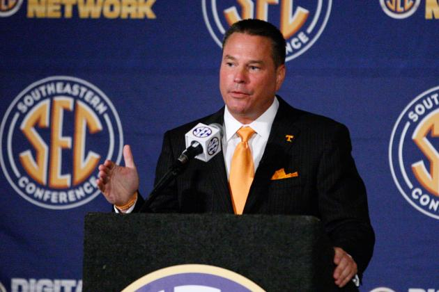 Vols' Butch Jones talks consistency on eve of spring practice