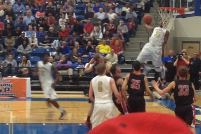 5-Star High School Prospect Malik Monk Throws Down Insane Alley-Oop Dunk