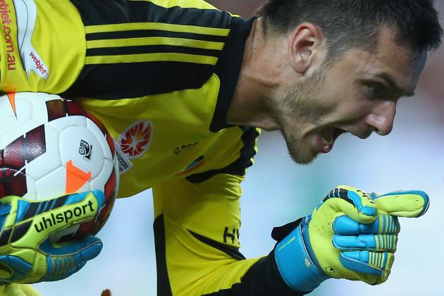 GIF: Sydney FC Goalkeeper's Mind Games Save Penalty and Match vs. Wanderers