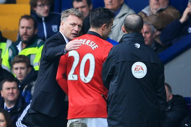 Daily Talking Point Debate: Should Manchester United Sell Robin Van Persie?