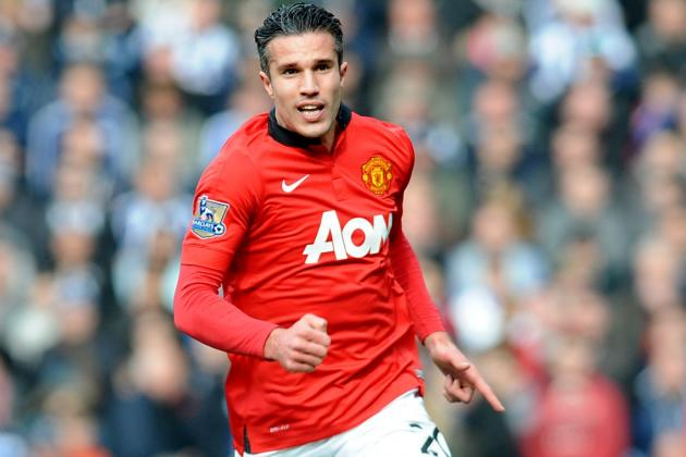 Robin Van Persie's Future in Doubt as Media Rounds on Manchester United Star