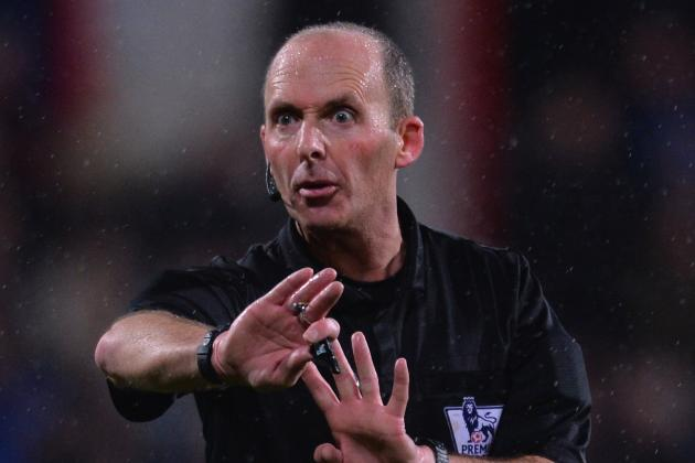 Twitter Reacts After Mike Dean Is Named Official for Tottenham vs. Arsenal