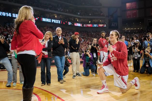 Nebraska Basketball Player Proposes to Girlfriend on Senior Night