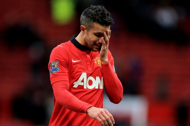Manchester United Would Be Crazy to Let Robin Van Persie Leave