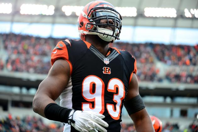 Report: Bucs, Ex-Bengals DE Johnson in Serious Talks
