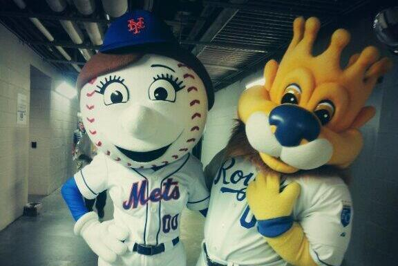 Royals Mascot Taunts Mr. Met on Twitter by Hitting on His Wife