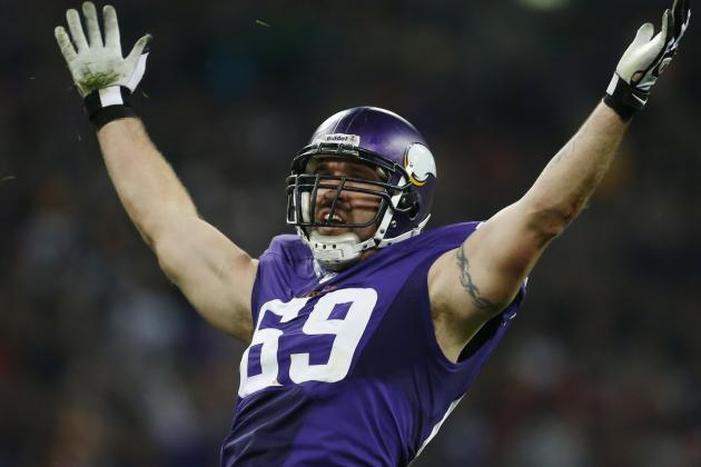 NFL Free Agency Rumors: Jared Allen, Michael Vick and Latest Buzz