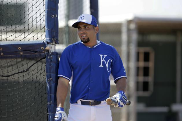 Middle Infield Problems Looming for Kansas City Royals
