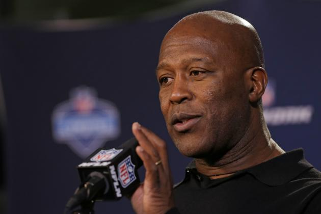 Lovie Smith Making All the Right Moves to Rebuild Buccaneers Franchise