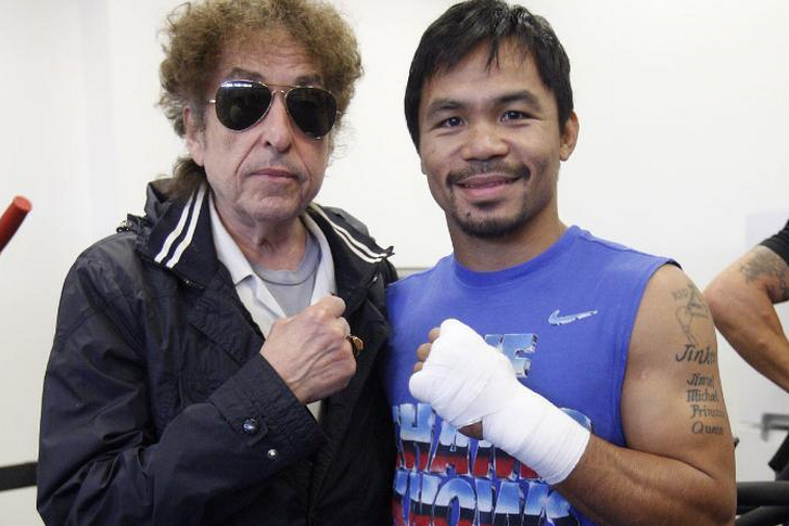 Bob Dylan Poses with Manny Pacquiao After Watching Him Train for Tim Bradley