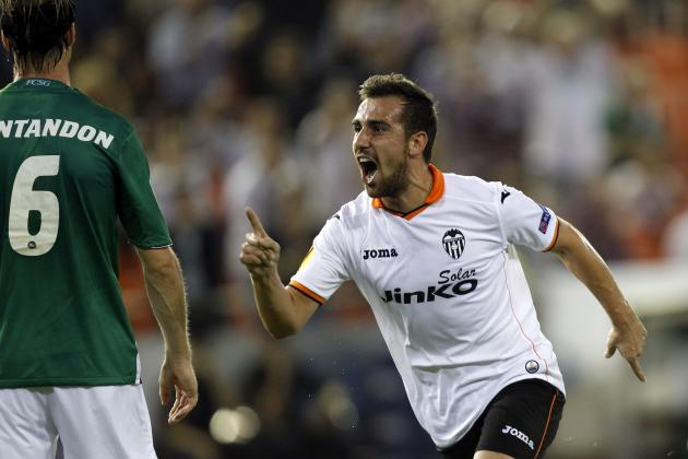 Scouting Report: Arsenal Replacing Nicklas Bendtner with Paco Alcacer?