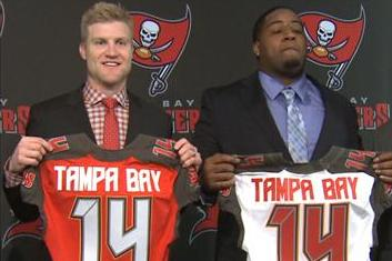 Bucs Introduce Starting QB McCown and Tackle Collins