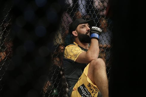 Johny Hendricks vs. Robbie Lawler: Will Someone Get Knocked Out in Dallas?