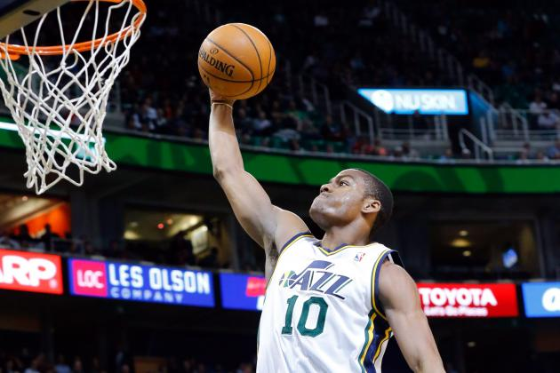 Alec Burks Attempts the Worst Half-Court Shot in NBA History