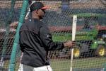 Bonds Takes Batting Practice, Proves He's Still Got It