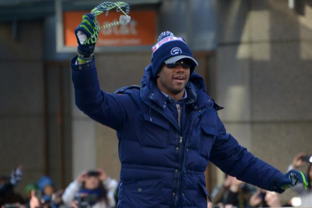 Russell Wilson Photographed with Cast on Set of 'Entourage' Movie