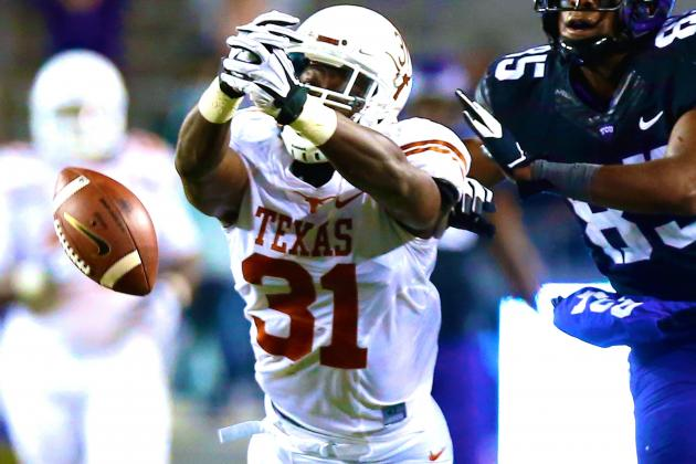 Texas Football: Leroy Scott, Chet Moss Dismissed from Longhorns Program