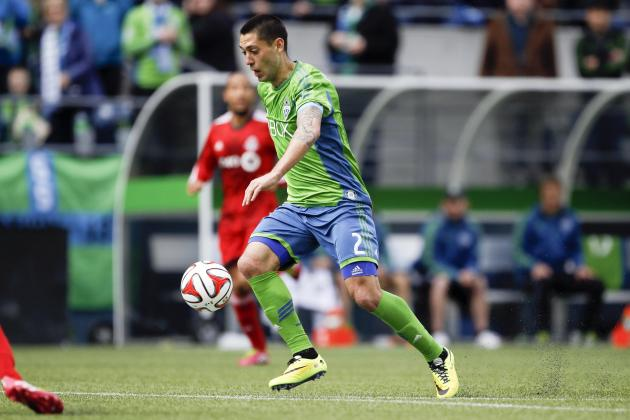 Clint Dempsey Apologizes for Low Blow on Toronto FC Defender