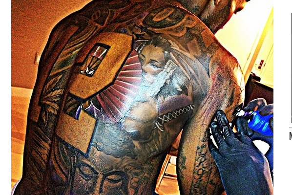 Cleveland Browns' Josh Gordon Shows off Enormous New Back Tattoo