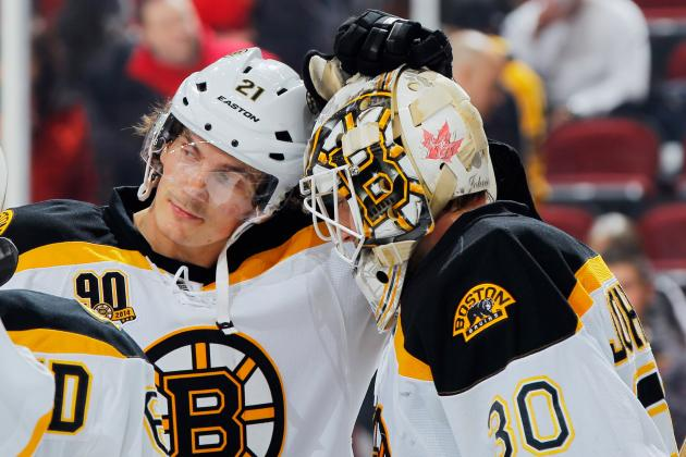Surging Boston Bruins Notch Their 10th Consecutive Win