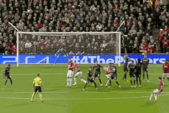 Man Utd's Robin Van Persie Completes Hat-Trick vs. Olympiakos with Free-Kick
