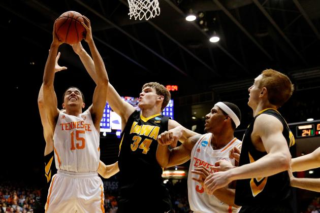 Iowa vs. Tennessee: Live Score, Reaction for NCAA Play-In Game 2014