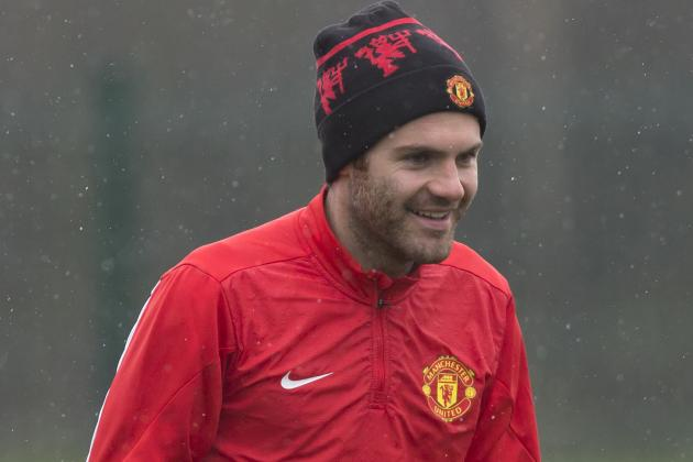 Juan Mata Had to Explain He Was Cup-Tied to Manchester United Fans Blaming Moyes