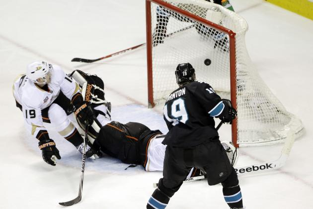 Sharks Beat Ducks, Take First in Pacific Division
