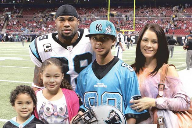 Steve Smith Takes Out Ad to Thank Panthers Fans in Charlotte Observer