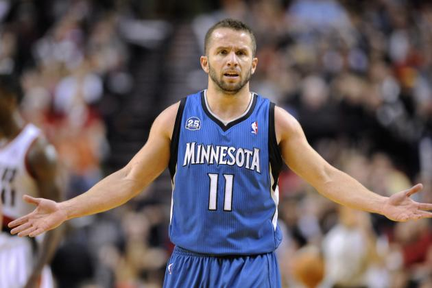 Minnesota Timberwolves Coach Says J.J. Barea Hurt His Foot Because He's Short