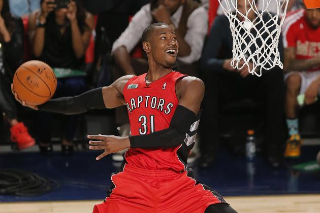 Terrence Ross Throws Down Hammer Dunk vs. Atlanta Hawks