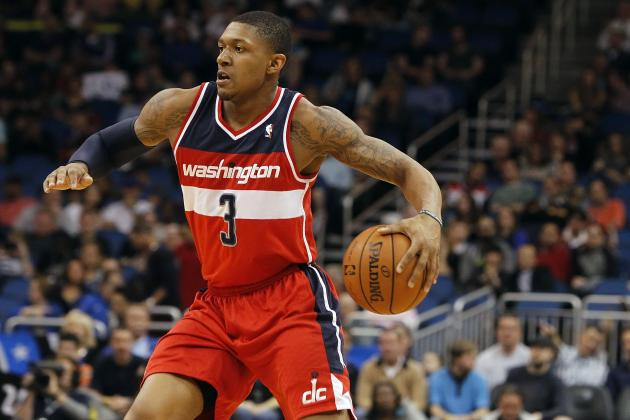 Bradley Beal Chases Down Kenneth Faried for Monster Block