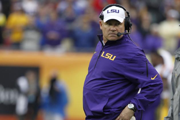 LSU Football Wraps Up in First Full Scrimmage