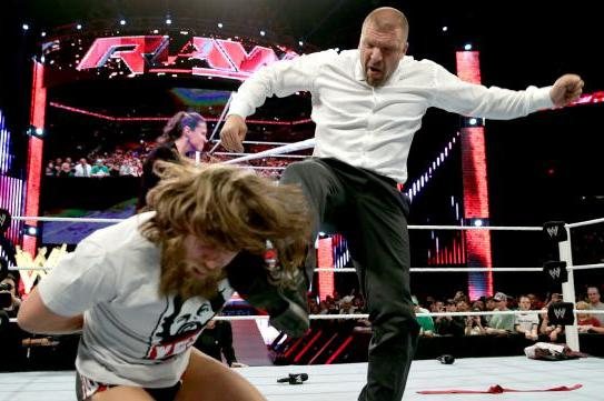 Daniel Bryan's Injury Angle Adds Drama to WrestleMania