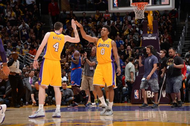 New York Knicks vs. Los Angeles Lakers: Live Score and Analysis