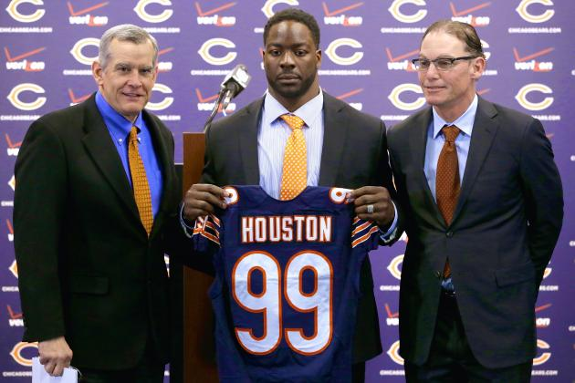 Phil Emery's Masterful Free-Agency Period Makes Chicago Bears NFC Contenders