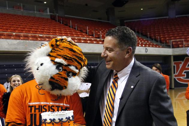 Bruce Pearl Promoting Auburn, No Apologies for the SEC