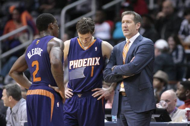 Talented Phoenix Suns Squad Won't Go Away Despite Expectations of Collapse