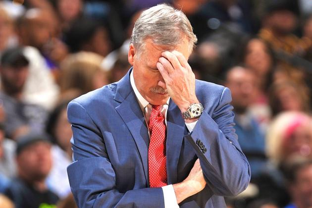 Dark Days for Lakers' D'Antoni, Who Seems to Let the Losing Defeat Him