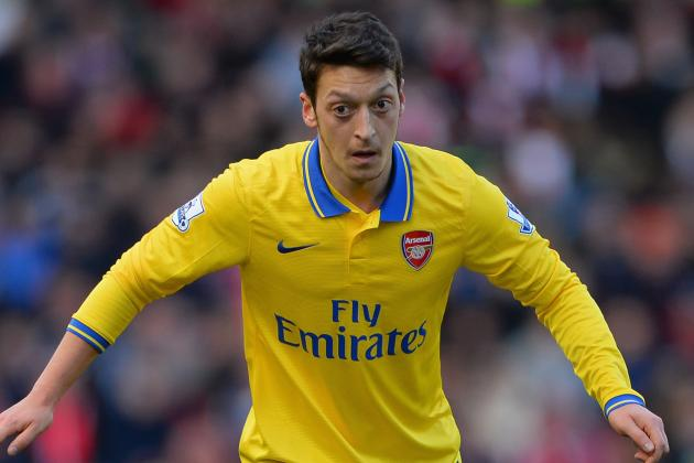 Robert Pires Backs Under-Fire Mesut Ozil to Turn His Gunners Career Around
